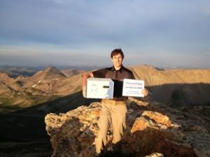 John Frost con un PicoSpin80 in cima alle montagne del colorado