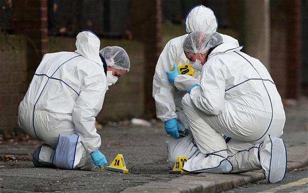 Stupefacenti, come lavorano i laboratori forensi della polizia scientifica